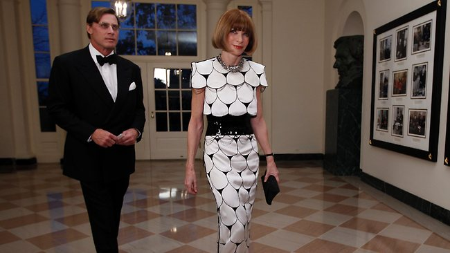 Anna Wintour visits the White House ... probably to hand out more money.